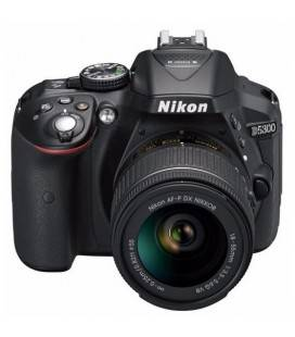 NIKON D5300 + AF-P DX 18-55mmG VR + SD 8GB HD VIDEO