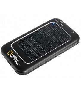 NATIONAL GEOGRAPHIC SOLAR CHARGER WITH MOBILE PHONE PLUGS