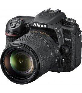 NIKON D7500 + AF-S DX 18-140MM VR